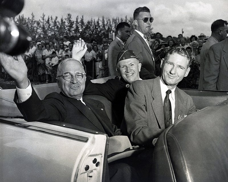 President Truman in motorcade on his way to opening of Everglades National Park 1947qr.jpg