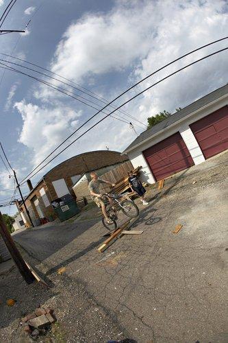 001_bike_riders_alley_2008_baltimore.jpg