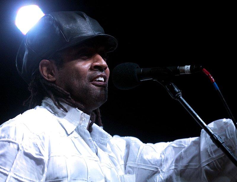Jam-KN-Kenny Neal-LRBC-2010-0123-061e.jpg