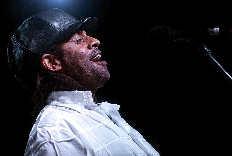 Jam-KN-Kenny Neal-LRBC-2010-0123-067e.jpg