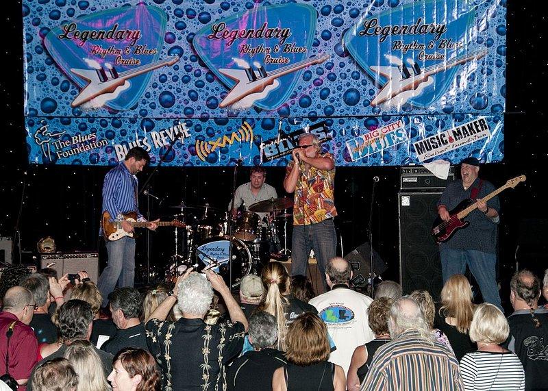 TB-Band-LRBC-2010-0127-002e.jpg