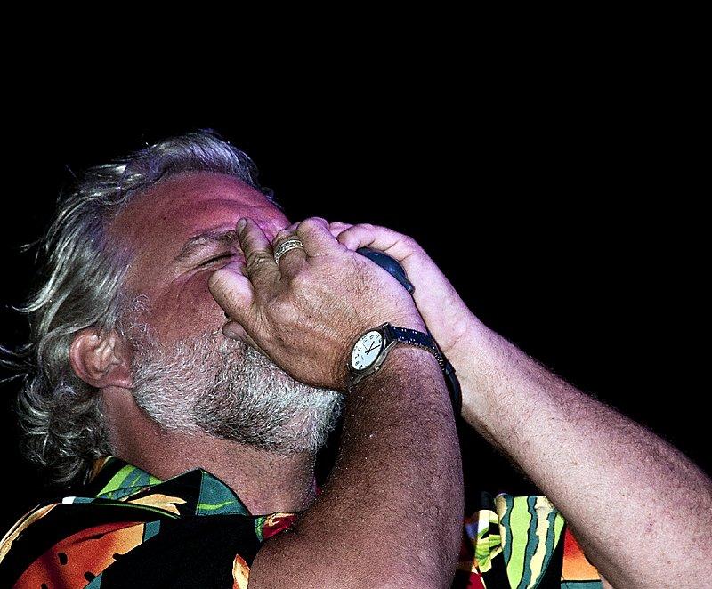 TB-Johnny Sansone-LRBC-2010-0128-001e.jpg