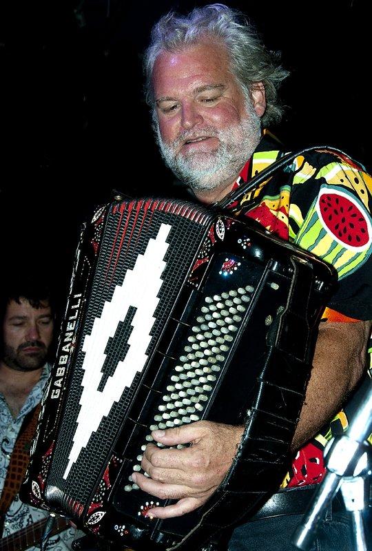 TB-Johnny Sansone-LRBC-2010-0128-006e.jpg