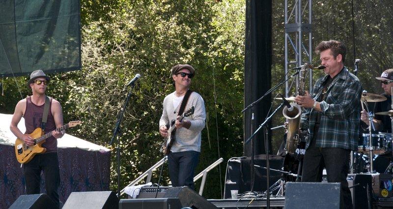 EL-Band-SCrzBF-2010-0529-005e-web1200.jpg