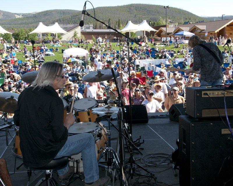 MS_Band_Views-COL-BluesFromTheTop-2011-0626-031e_WEB_1200.jpg