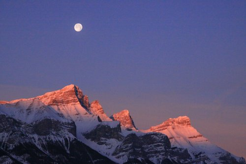 Rundle Mtn Moon -1.jpg