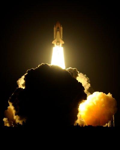 STS131_003.jpg