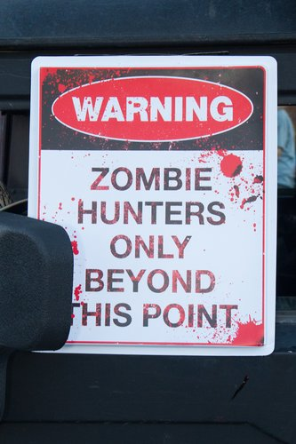 zombie-warning_8153-46.jpg