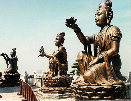 Lantau Island - Po Lin Monastry 11.jpg