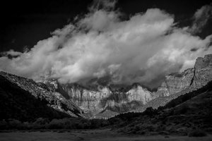 black and white of sunrise in zion canyon