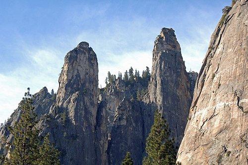 Cathedral Spires - Yosemite NP 4-21-07_069.jpg