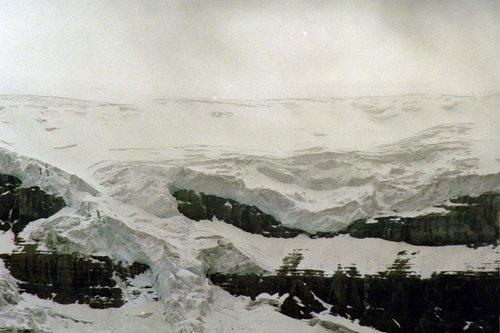 Columbia Icefield - Jasper NP V2004_102.jpg