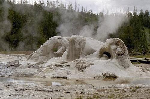 Geyser Cone - Yellowstone NP 2004R15_009 (2).jpg