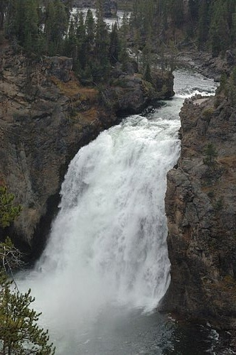 Lower Yellowstone Falls - Yellowstone NP 9-09-06_248 (2).jpg