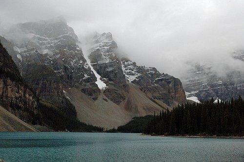 Moraine Lake - Banff NP Canada 9-14-06_078.jpg