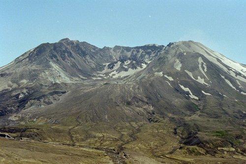 Mount St Helens - Mount St Helens NP V2004_132.jpg