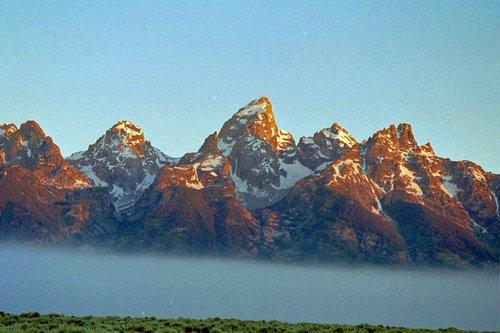 Teton Range - Grand Teton NP V2004_054E.jpg