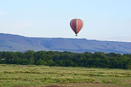 Balloon over the savannah - Masai Mara NP Kenya D800 029 11-9-14E.jpg