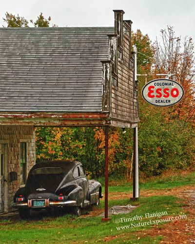 Esso Station - TRA-0018.jpg