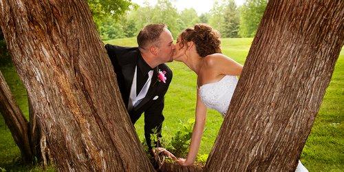 Sarah and Kasey Kissing Tree.jpg