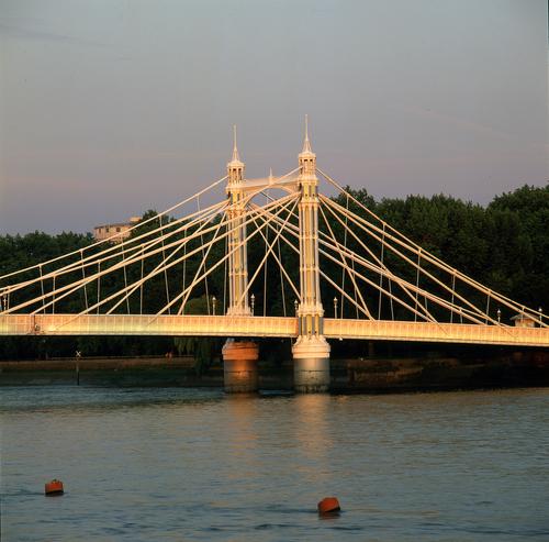 Albert Bridge 13A 050.jpg