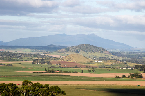 Atherton Tablelands from Hallorans lookout.jpg