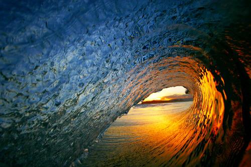 WAVES 2 - Hueys Dreaming.jpg