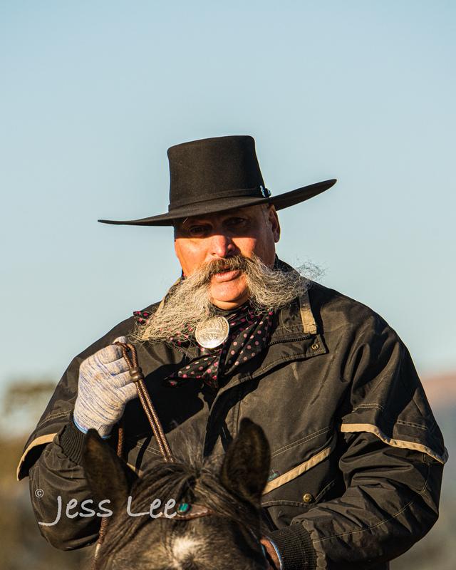 Californio-vaquaro-photos-1275.jpg :: Cowboys carring on the traditions of the Vaquero, Californios, Buckaroo ways.