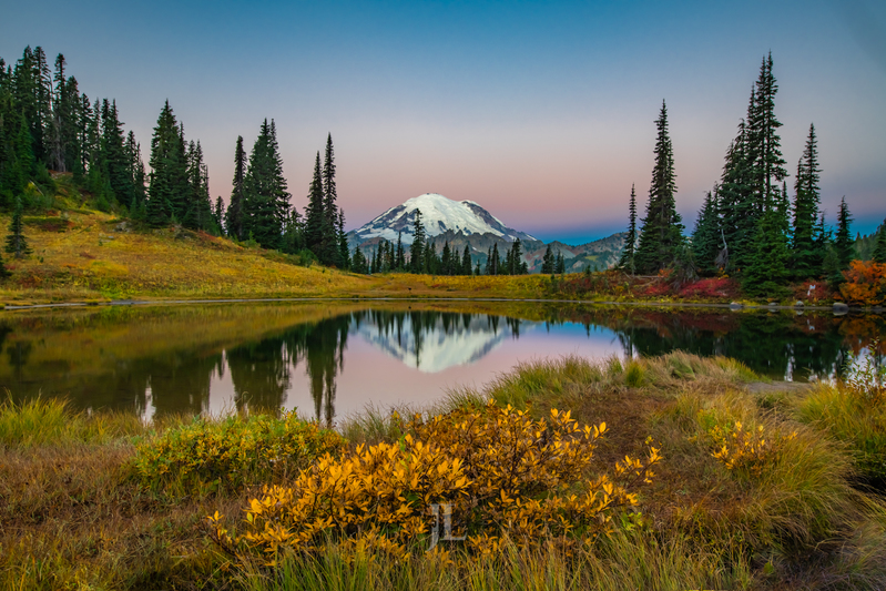 Mt-Rainier-reflection_JRL5828(1).jpg :: Reflection of Mt Rainier in Autumn