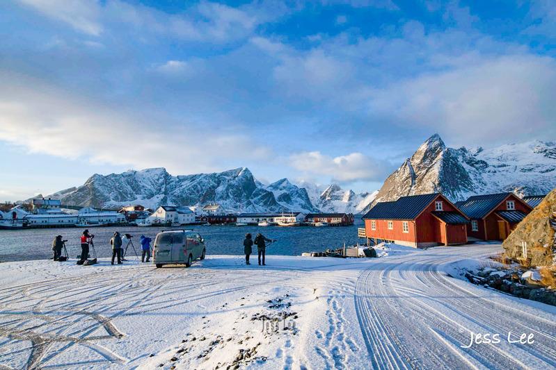 _JRL0550.jpg :: Lofoten Norway winter photo workshop by Jess Lee