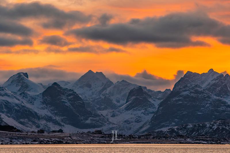 _LEE4086.jpg :: Lofoten Norway winter photo workshop by Jess Lee