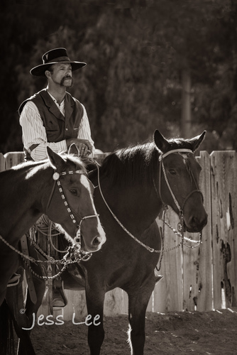 BlackandWhite-cowboy-photos-.jpg