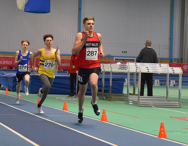 GGS_0016.jpg :: in action during the Welsh Junior Athletics Championships 2019 at N.I.A.C Cardiff United Kingdom on February 02 2019 Graham / GlennSports