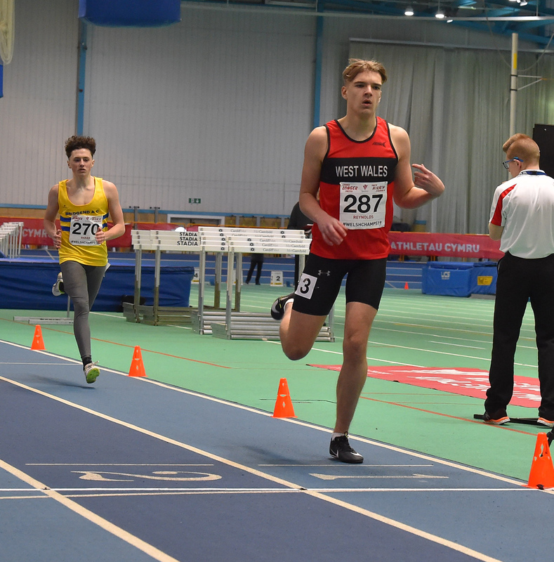 GGS_0017.jpg :: in action during the Welsh Junior Athletics Championships 2019 at N.I.A.C Cardiff United Kingdom on February 02 2019 Graham / GlennSports
