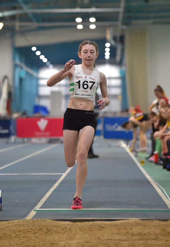 GGS_9979.jpg :: in action during the Welsh Junior Athletics Championships 2019 at N.I.A.C Cardiff United Kingdom on February 02 2019 Graham / GlennSports