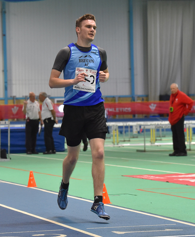 GGS_9988.jpg :: in action during the Welsh Junior Athletics Championships 2019 at N.I.A.C Cardiff United Kingdom on February 02 2019 Graham / GlennSports