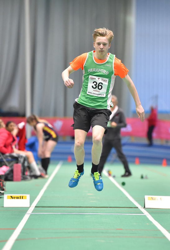 GGS_9999.jpg :: in action during the Welsh Junior Athletics Championships 2019 at N.I.A.C Cardiff United Kingdom on February 02 2019 Graham / GlennSports