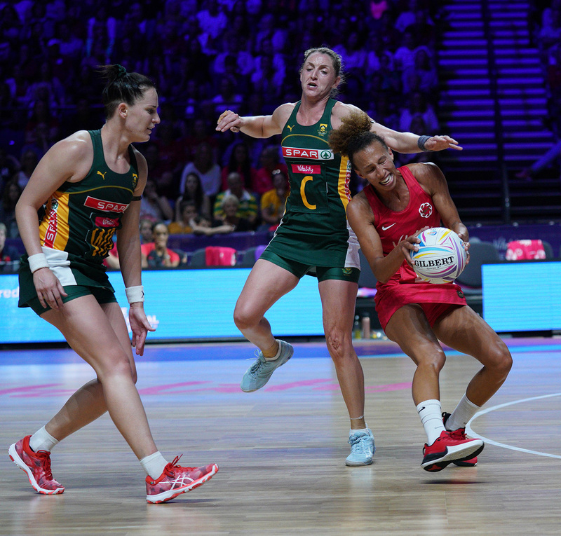 G_Glendinning_SA907628.jpg :: Serena Guthrie (ENG) in action during Vitality Netball World Cup 2019 at M&S Bank Arena Liverpool United Kingdom on July 18 2019. GlennSports.