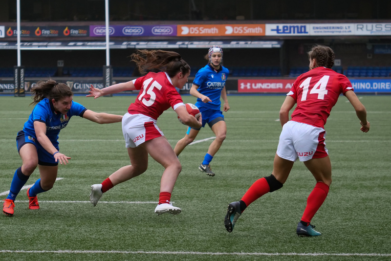 PGG97755.jpg :: Kayleigh Powell (Wales) in action during the  Womens Six Nations Rugby at Cardiff Arms Park Cardiff United Kingdom on February 02 2020 Graham / GlennSports