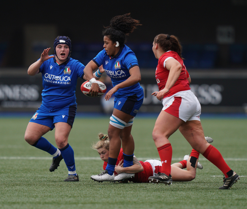 SA900758.jpg :: Giada Franco (Italy) in action during the  Womens Six Nations Rugby at Cardiff Arms Park Cardiff United Kingdom on February 02 2020 Graham / GlennSports