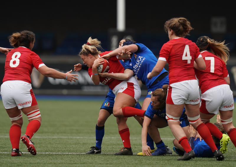 SA900791.jpg :: Kelsey Jones (Wales) in action during the  Womens Six Nations Rugby at Cardiff Arms Park Cardiff United Kingdom on February 02 2020 Graham / GlennSports