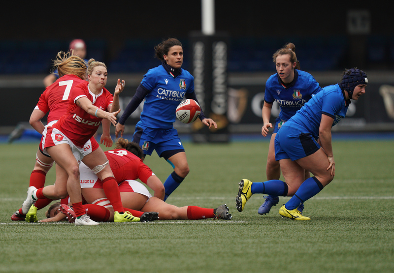 SA900795.jpg :: Keira Bevan (Wales) in action during the  Womens Six Nations Rugby at Cardiff Arms Park Cardiff United Kingdom on February 02 2020 Graham / GlennSports