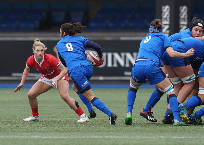 SA900938.jpg :: Sara Barattin (Italy) in action during the  Womens Six Nations Rugby at Cardiff Arms Park Cardiff United Kingdom on February 02 2020 Graham / GlennSports