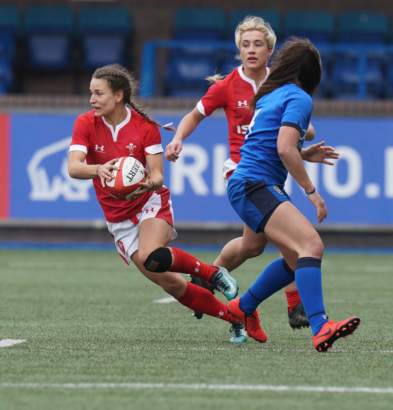SA900963.jpg :: Jasmine Joyce (Wales) in action during the  Womens Six Nations Rugby at Cardiff Arms Park Cardiff United Kingdom on February 02 2020 Graham / GlennSports
