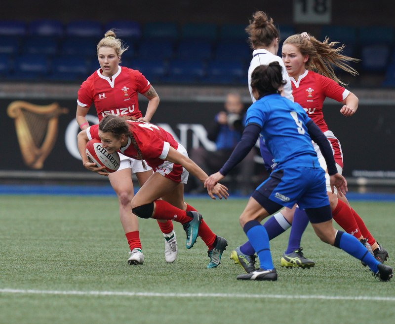 SA900965.jpg :: Jasmine Joyce (Wales) in action during the  Womens Six Nations Rugby at Cardiff Arms Park Cardiff United Kingdom on February 02 2020 Graham / GlennSports