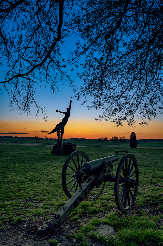 UP6_5142-42.jpg :: Canon watching over the Louisiana Monument as dawn approches. #photooftheday, #Gettysburg, # Dawn, #sunrise, #skysultans