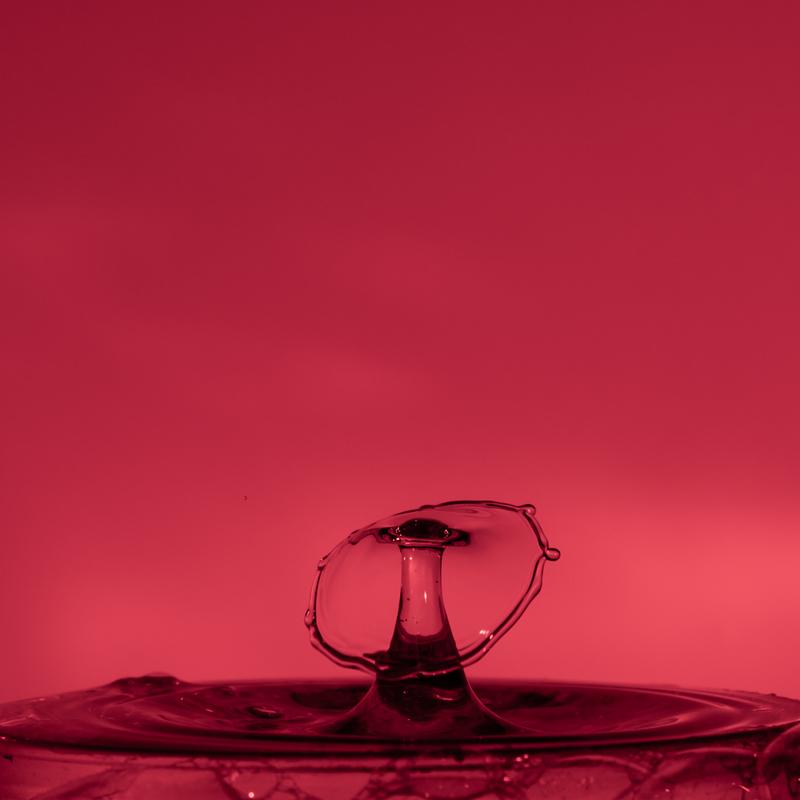 UP6_5554.jpg :: Water drop collision art.                                             #waterdrop #waterart #red,#photooftheday, #drop, #water, #liquid