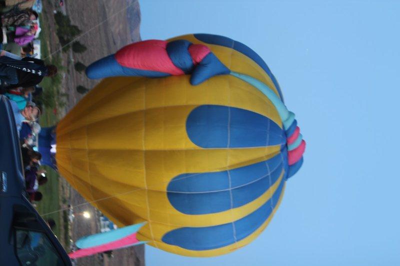 IMG_0307.jpg :: 2013 Reno Hot Air Balloon Race