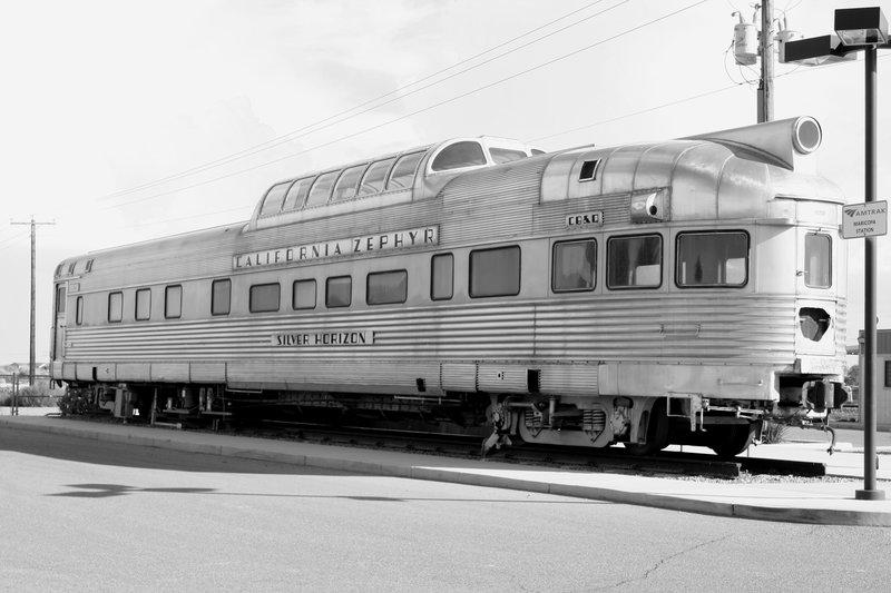 traincar_mono.jpg :: Trains