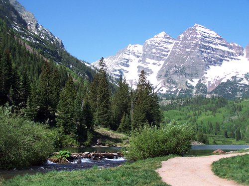Maroon Bells in June.jpg